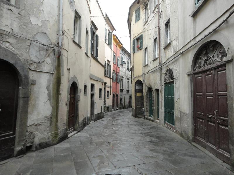 Our street - Casa Del Re in Pontremoli Historic Center Tuscany - Pontremoli - rentals