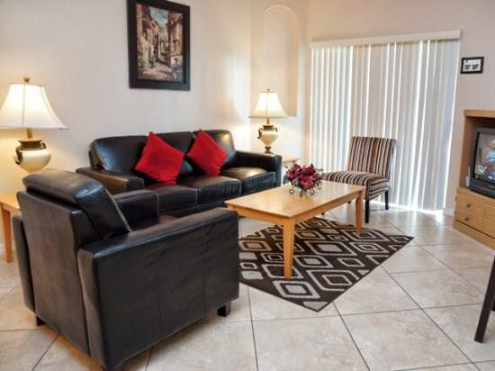Living Area - RP4T142CD 4 Bedroom Condo with Pond View - Davenport - rentals