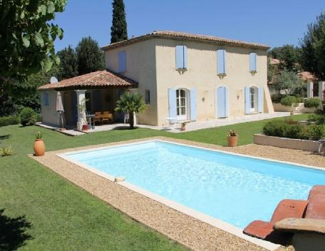 Holiday rental Villas Aix En Provence (Bouches-du-Rhône), 200 m², 3 700 € - Image 1 - France - rentals