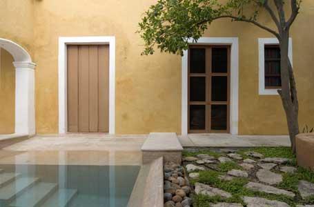 the entrance from the garden and pool - Casa Azul de Santiago - Merida - rentals