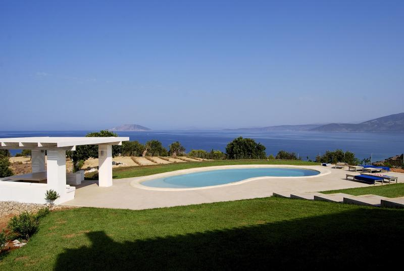 Luxurious contemporary villa on Saronic Gulf - Image 1 - Peloponnese - rentals