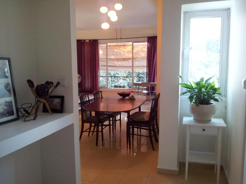 Entrance and spacious dinning area - Stunning, spacious, modern apartment in Tel-Aviv - Tel Aviv - rentals