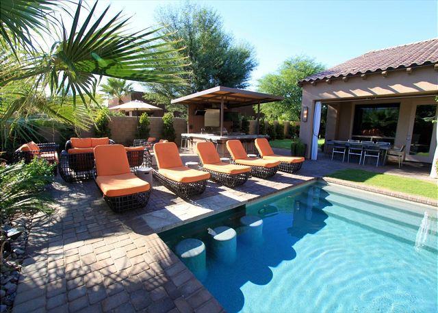 'Royale' Mini Golf, Game Room, Pool, Spa, Firepit - Image 1 - La Quinta - rentals