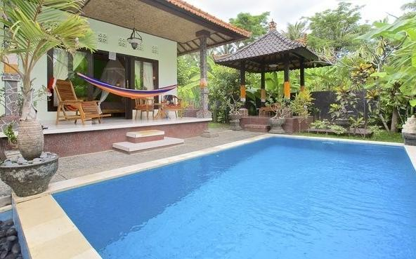 """The White House"", 1 of 2 identical units - Bali's Secret East Coast White House - Padangbai - rentals"