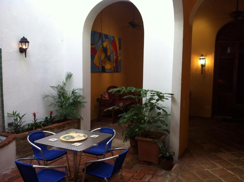 Enjoy all the outdoor!!! Wine & Dine :) - Colonial Ocean Front  2 BR / 2 B Close To Forts. - San Juan - rentals