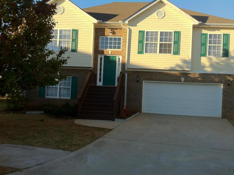 front of home - Vacation Rentals/Guest house/Lodge - Locust Grove - rentals