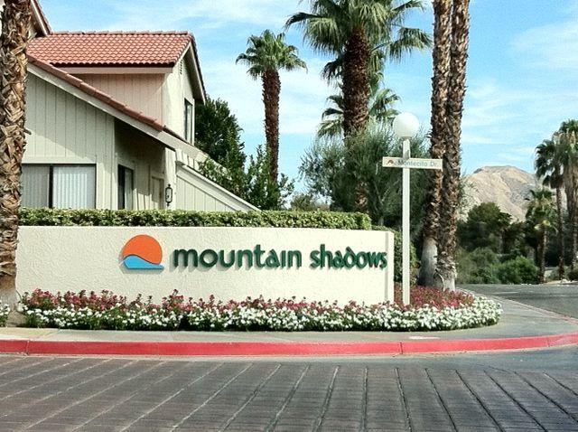 Main Entrance - Mountain Shadows 3Br Condo, 6 pools, spa, tennis - Palm Springs - rentals