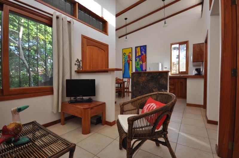 View from living room to kitchen - Casita Muyuyo - Puerto Ayora - rentals