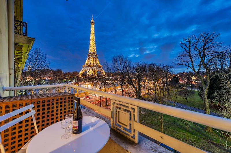 Eiffel Tower Art Deco - Image 1 - Paris - rentals