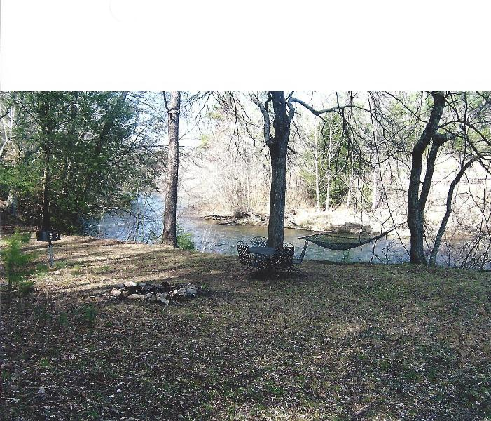 River front with dinning table and chairs,firepit ,grill and hammock - Cabin on White Water Toccoa River! - Blue Ridge - rentals