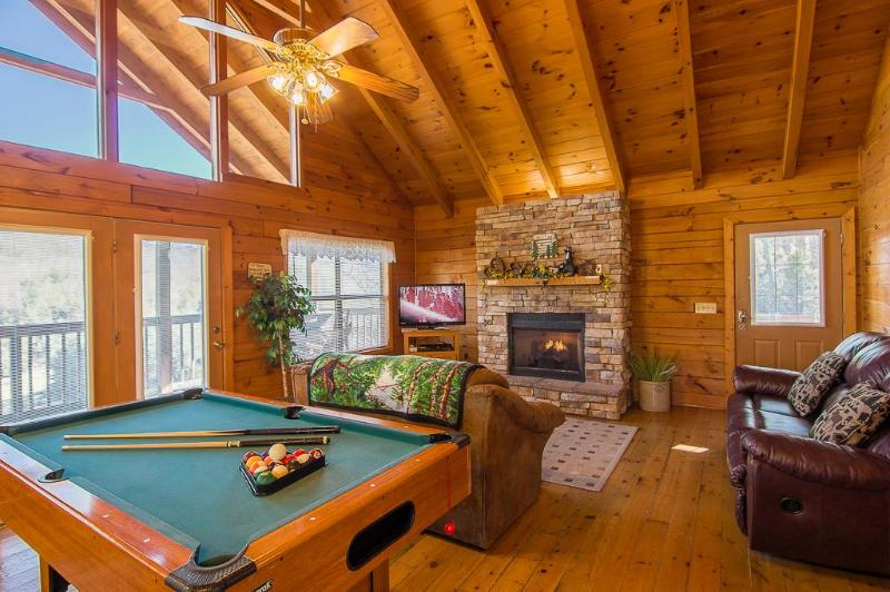 Enjoy the great A-frame type windows in the living room for a beautiful view - 2 Mstr Suites/Sleeps 6- Pet Friendly! Feb $99 Nite - Pigeon Forge - rentals