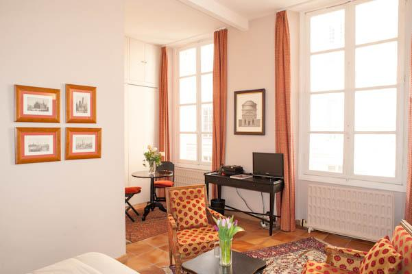 Beautiful Paris Studio Apartment for Rent - Image 1 - Paris - rentals