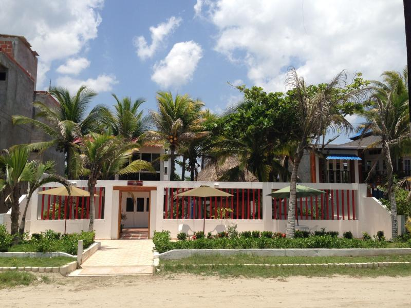 Casa Hotel Galeones - Beach Front House - Image 1 - Cartagena - rentals