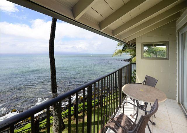 Noelani Sooo close to the water! End Unit! - Image 1 - Lahaina - rentals