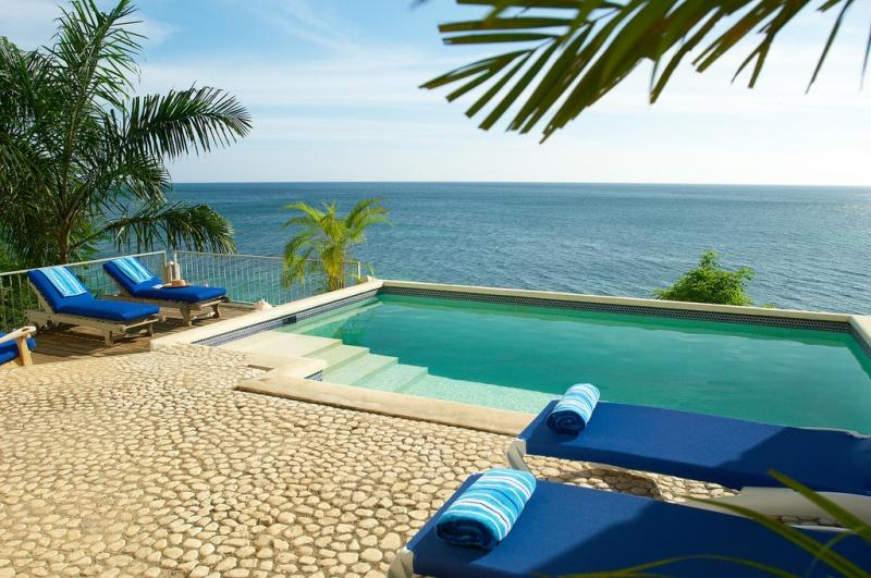 Bluefields Bay - Providence House - Image 1 - Cayambe - rentals