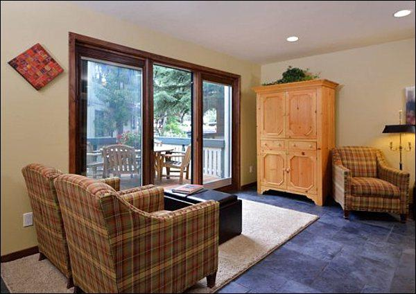 Living Room Opens to the Deck - Remodeled & Economical Condo - Radiant Heating on the Ground Floor (1215) - Ketchum - rentals