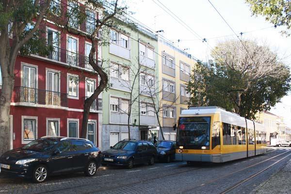 Belém Burgundy Apartment by RE - Image 1 - Lisbon - rentals