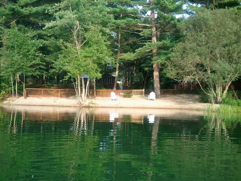 Clear Pond Private Beach - Clear Pond Getaway Plymouth MA - Plymouth - rentals