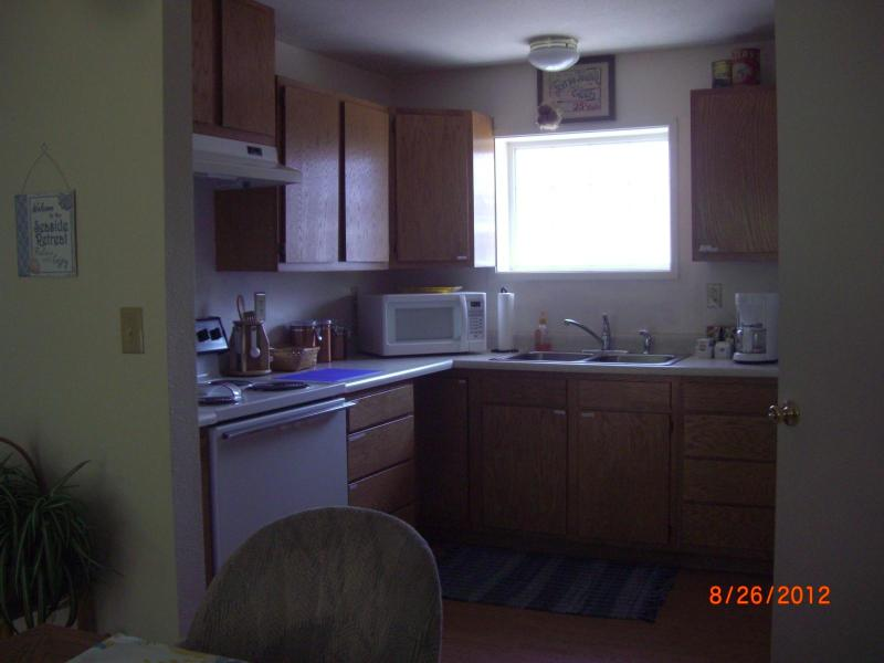 Kitchen area - A Seaside Retreat - Brookings - rentals