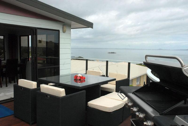 BBQ, deck & view from 3Kupe - Waterfront holiday accommodation in Coopers Beach - Coopers Beach - rentals