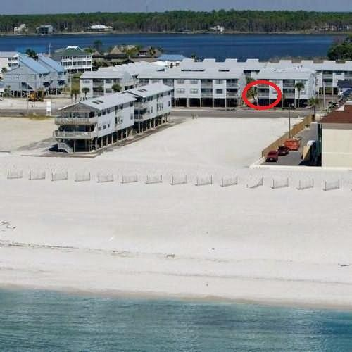 property photo- red circle is our balcony - 985/month snowbird rental inc. utilities Nov-Feb - Gulf Shores - rentals