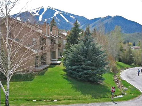 Picturesque Mountain Views - At the Dollar Mountain Base - Shuttle Service to Baldy, Ketchum (1042) - Sun Valley - rentals