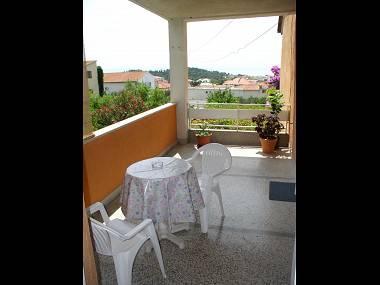 A4(2+2): terrace - 5942 A4(2+2) - Makarska - Makarska - rentals