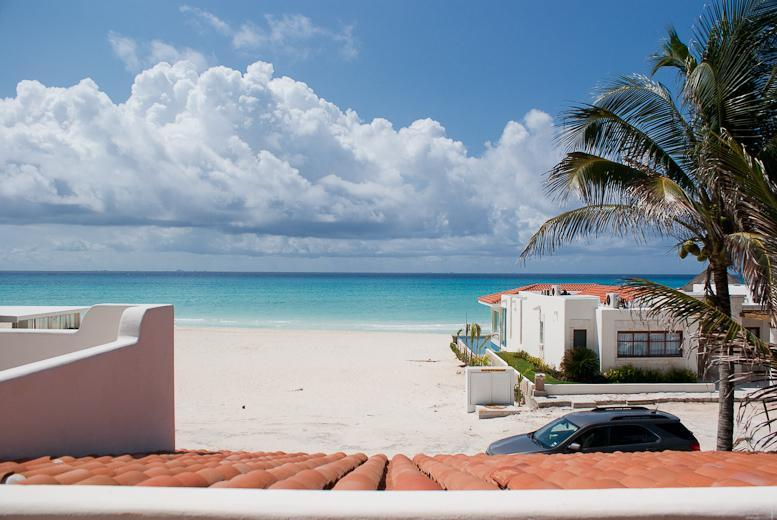 Great Value 4 Bedroom Beach Front Home - Image 1 - Playa del Carmen - rentals