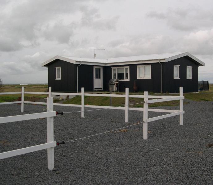 Brim - Southern Iceland - Next to horse farm - Image 1 - Selfoss - rentals