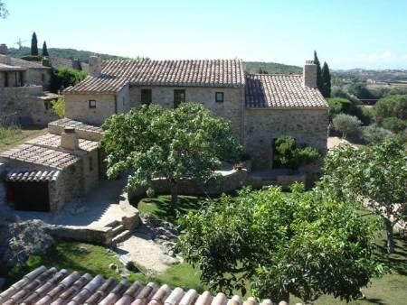 """Mas Pau"" view from north side - Beautiful Catalan farmhouse in the heart of the - Regencos - rentals"
