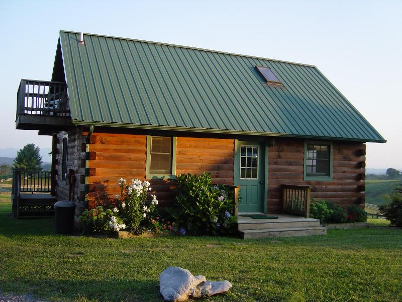 See the upstairs deck - 2 bedroom Log cabins in Lexington VA, 2m from VHC - Lexington - rentals