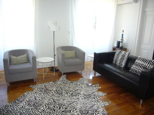 Diva6 -Beautiful apartment in the center of Lisbon - Image 1 - Lisbon - rentals