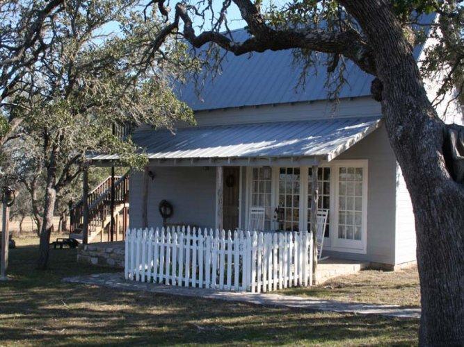 Longhill Guest House - Image 1 - Fredericksburg - rentals