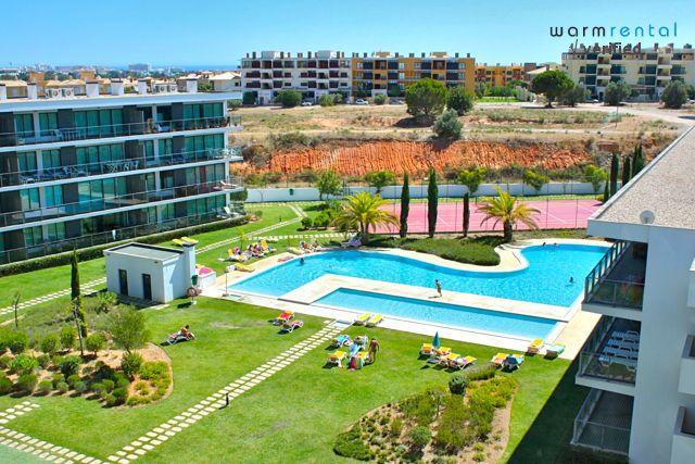 Pool Area  - Folk Apartment - Portugal - rentals