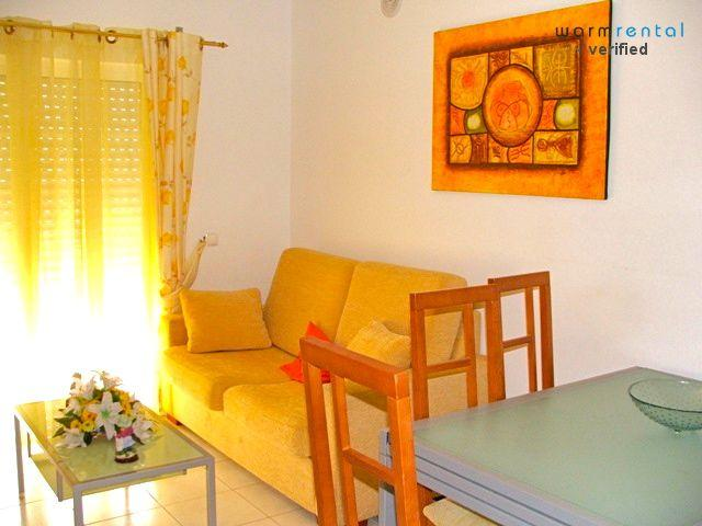 Living Room  - Yellow Hula Apartment - Portugal - rentals