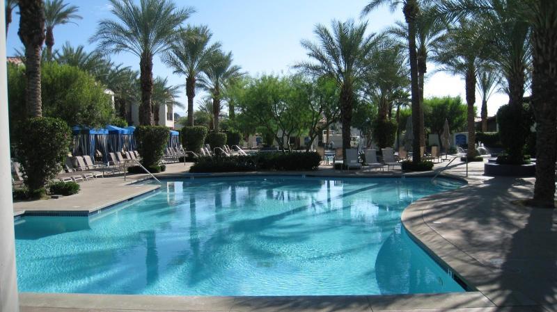 6' Deep Family Pool - Legacy Villas, King & Queen, Sunset Mountain Views - La Quinta - rentals
