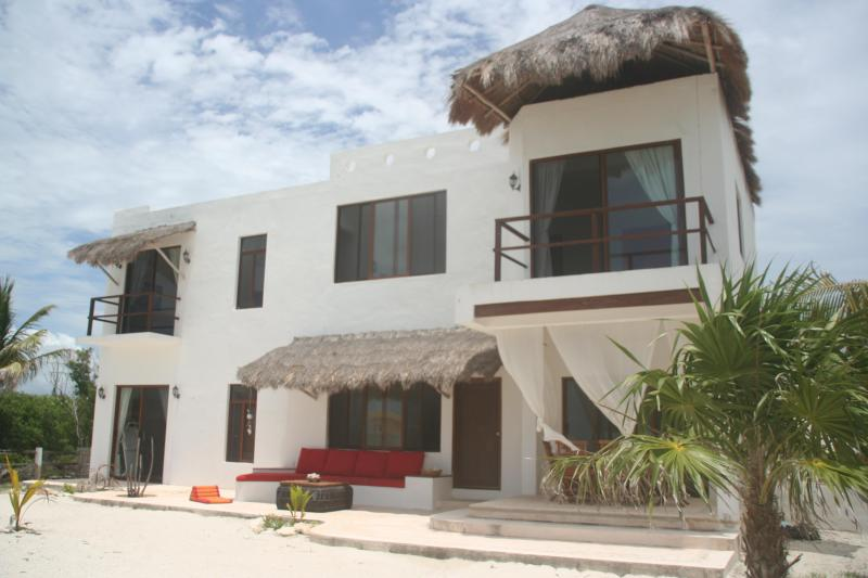 House exterior - Beautiful beach house for rent 3 bedrooms - Holbox Island - rentals