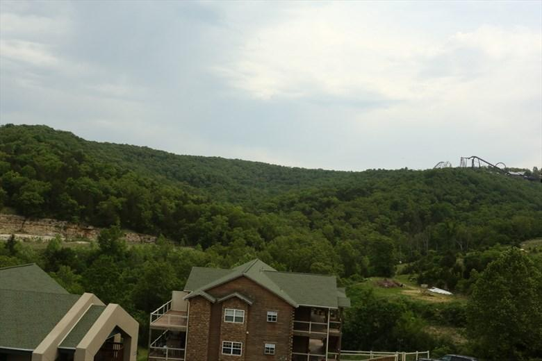 Penthouse | No stairs | Fireplace | Pool | Close to Silver Dollar City (3310605) - Image 1 - Branson - rentals