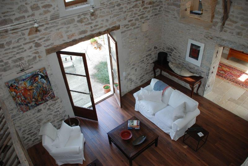 Living room - Sunny farmhouse in picturesque Lot River Valley - Calvignac - rentals