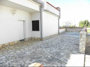 A2(3): garden terrace - 5969 A2(3) - Zadar - Zadar - rentals