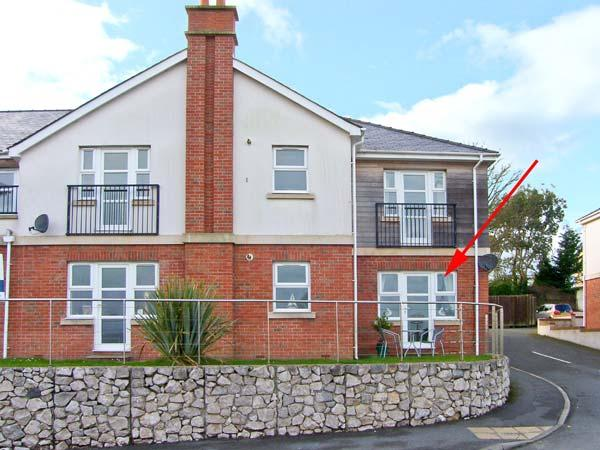 BEACH VIEW, pet-friendly apartment near beach and amenities in Benllech Ref - Image 1 - Benllech - rentals