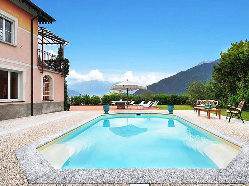 Villa Maia, Pianello del Lario Lake Como - NORTHITALY VILLAS Vacation Villa Rentals - Luxury lakeside villa with pool for up to 16people - Pianello del Lario - rentals