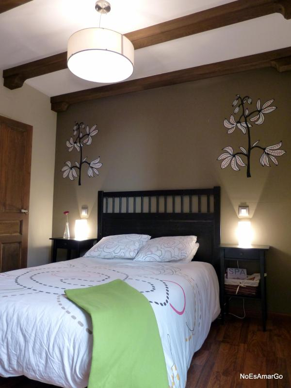 Main bedroom - Apartment very close to Cathedral (1 m.walking). - Toledo - rentals