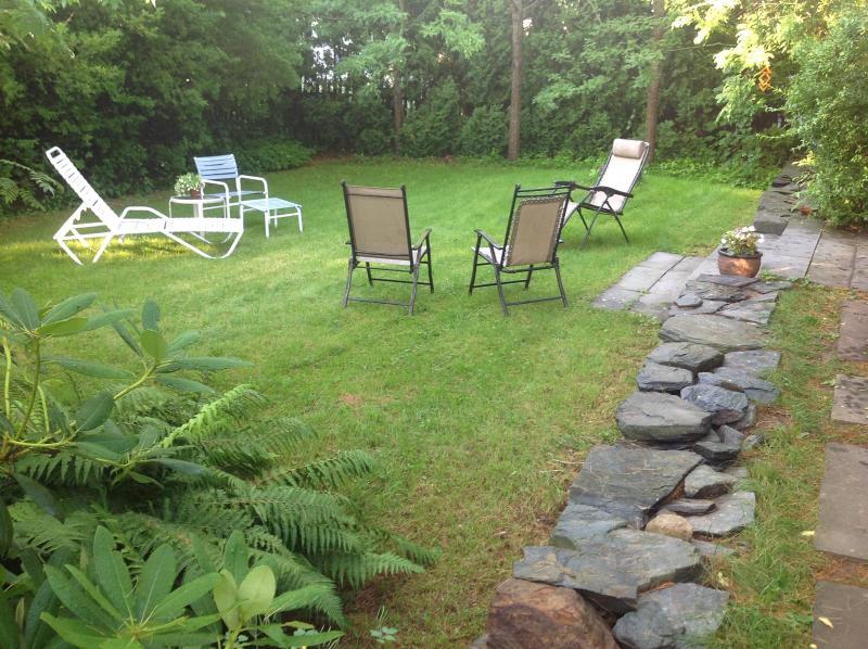 Rear yard - 4 bdrm Comfy Intown Portland Maine - Portland - rentals