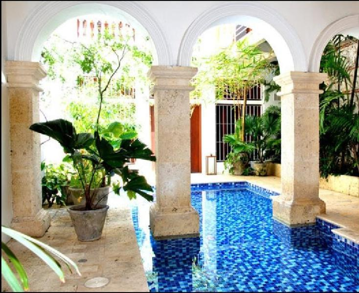 Exclusive 1BR apt. in the Old City - Image 1 - Cartagena - rentals