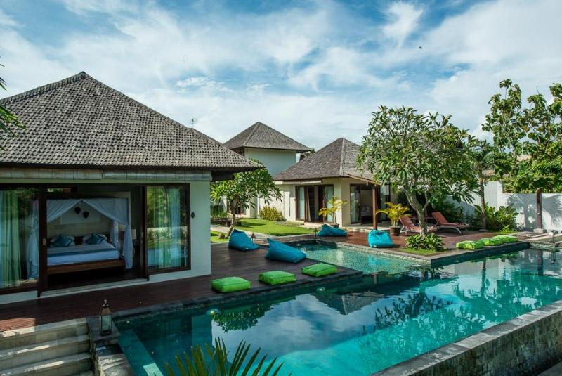 Villa Swimming Pool - Villa Nelayan -Luxurious 4 BR Villa Near EchoBeach - Canggu - rentals