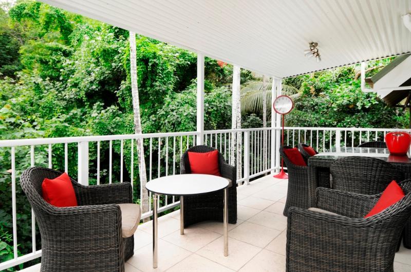 Stunning outdoor living - STUNNING OUTDOOR LIVING ON MACROSSAN STREET - Port Douglas - rentals