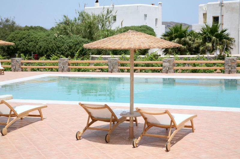 A luxury villa with common pool - Luxury villa,common pool,close to Naousa & beaches - Naoussa - rentals