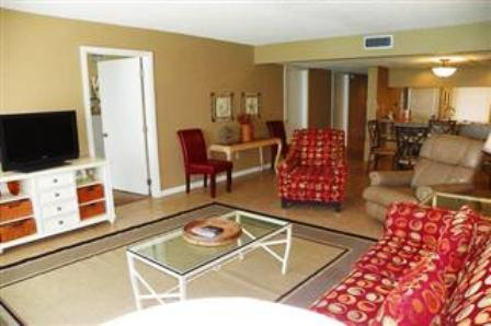 July 30 - Aug 13, $1195/wk Edgewater Beach Resort - Image 1 - Panama City Beach - rentals