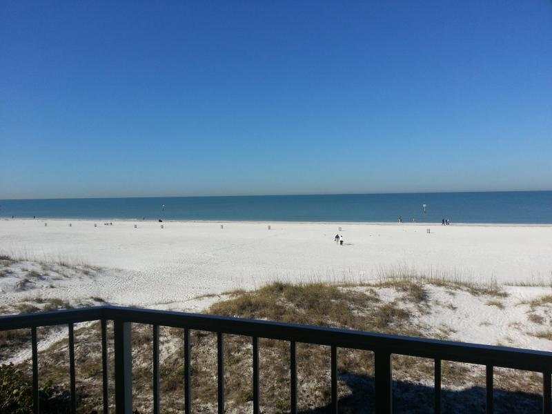Villas of Clearwater Beach 8A |Beautiful Gulf View - Image 1 - Clearwater - rentals